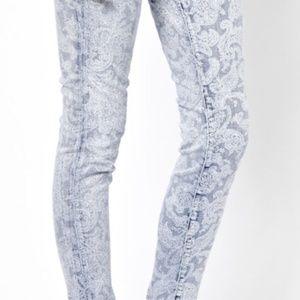 JBRAND Paisley Acid Wash Skinny Jeans 32